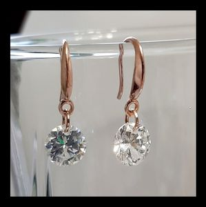 NEW Stunning Cubic Zirconia Rose Gold Earrings